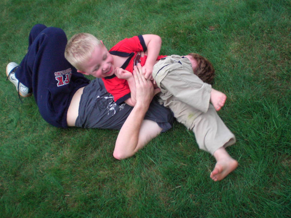 Children who trust their fathers more behave better